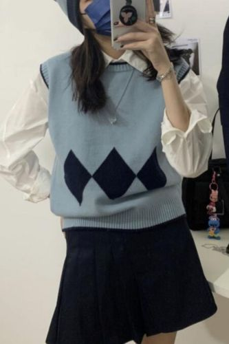 Knitted Vest Fashion Women Casual Pullover O-neck Sleeveless Crop Sweater 2021 Fashion Short Tops