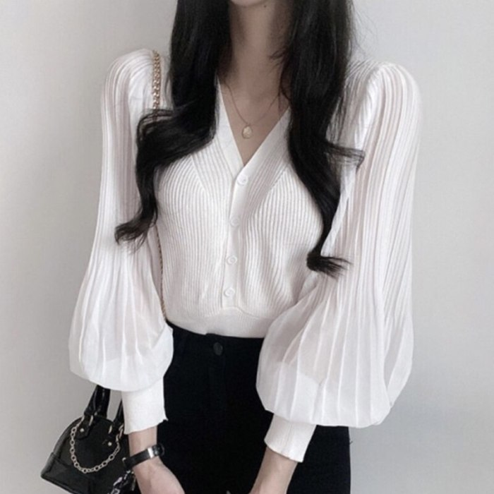 Early Autumn Temperament V-neck Was Thin Single Blouse Female Breasted Chic Pleated Lantern Sleeve Blusa Thin Knit Sweater KK637