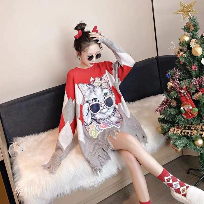 New Fashion Korean Style Thickened Mid-Length Beaded Cat Oversized V-Neck Sweater Autumn And Winter Western Women