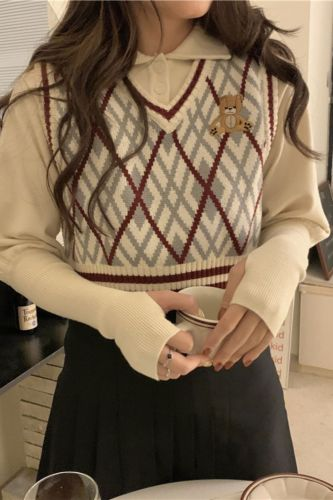 Preppy Style Vintage Knit Cropped Sweater Vest Embroidery V-neck Sleeveless Pullovers Waistcoat Korean Chic Tank Tops