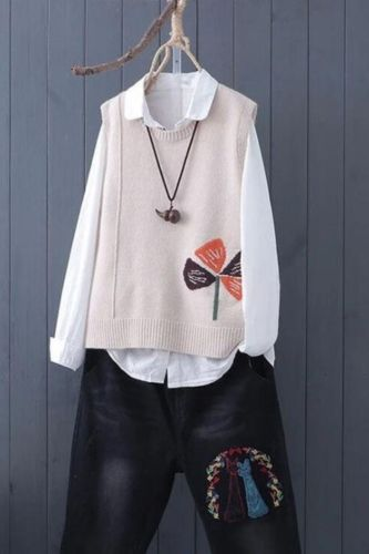 Literature and Art Fan Knitted Sweater Vest Female Sleeveless Embroidery Lazy Maple Bottoming Sweater Vest Women Pullover Spring