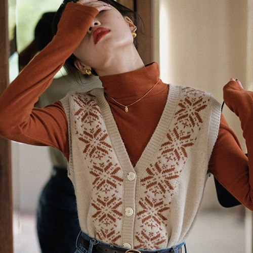 Sweater Vest Women Vintage All-match Design Single-breasted Harajuku Korean Fashion Chic Patchwork Temperament Female Tops Daily