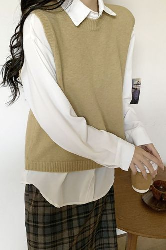 College Style Open Back Sweater Knit Vest Ladies Solid Pullover Sleeveless