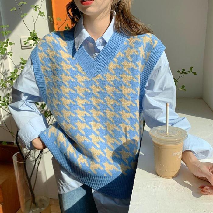 Girls V-Neck Knitted Sweater Women Thicken Sweater Autumn Winter Korean Loose Vintage Sweater Vest Sleeveless Pullover Sweater
