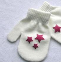 Baby Knitting Warm Soft Gloves Kids Dot Star Heart Pattern Mittens