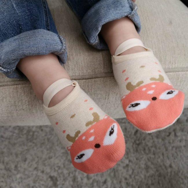 Fashion Baby Cute Cartoon Non-slip Cotton Toddler Floor Socks Newborns Animal pattern First Walker Shoes