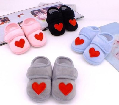 Red Heart Newborn Infant Prewalkers Crib Shoes Nonslip Baby Shoes