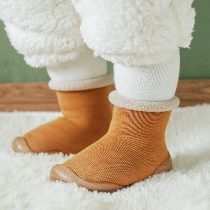 Children antisilp sock shoes solid color Imitation cashmere baby toddler floor shoes non-slip warm rubber soles booties