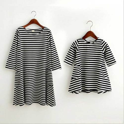 Mommy and me family matching mother daughter dresses clothes striped mom dress kids child outfits