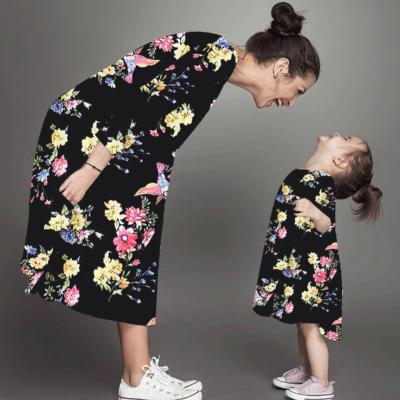 Fashion Family Matching Outfits Mother Daughter Long Sleeve Printed Dresses Beach Parent Child Outfits