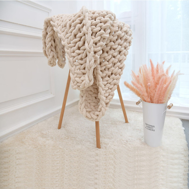 Ins Nordic Hand Chunky Knitted Chenille Blanket Thick Yarn Wool-like Polyester Bulky Winter Knitted Blankets