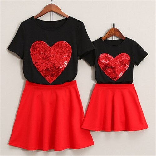 Mom And Daughter Dress New Tracksuit Spring Autumn Family Matching Clothes Baby Girl Embroidery Love Clothing Sets