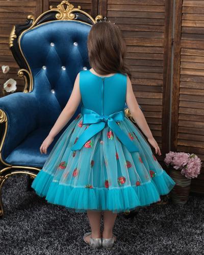 New Christmas princess dress with strawberry sleeveless big bow dress