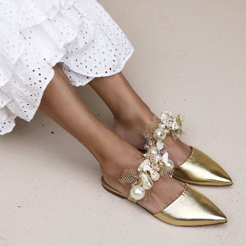 Leisure Holiday Breeze Featuring Point-Headed Flat-Bottomed Sandals