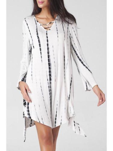 V Neck Cutout Printed Oversized Shift Dress
