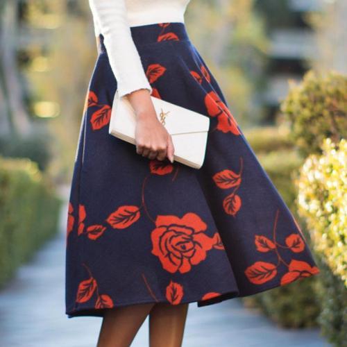 Mid-Waist Flowers Print Skirt