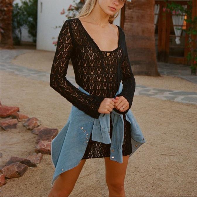 Bohemian Plain Hollow Long-Sleeved Bikini Smock