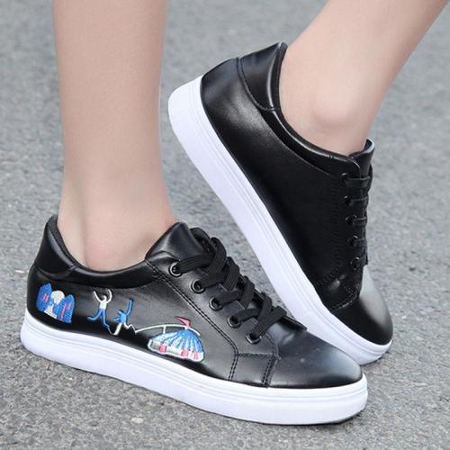 Breathable Embroidered Women's Sneakers