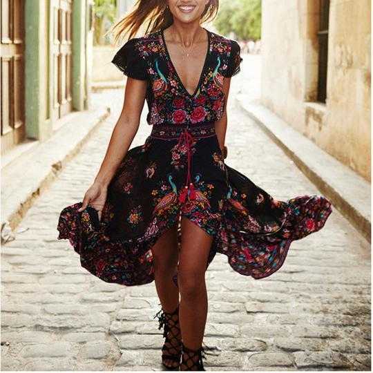 Spring Sexy V Collar Short-Sleeved Retro Printed Expansion Vacation Dresses
