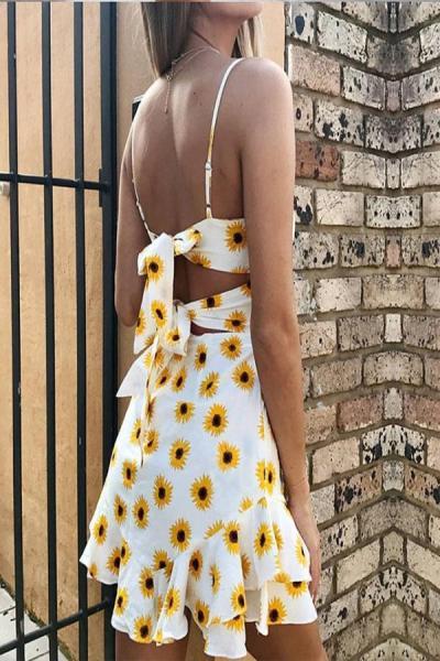 Collarless Backless Floral Skater Dresses