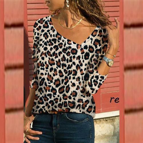 V Neck  Leopard Printed T-Shirts