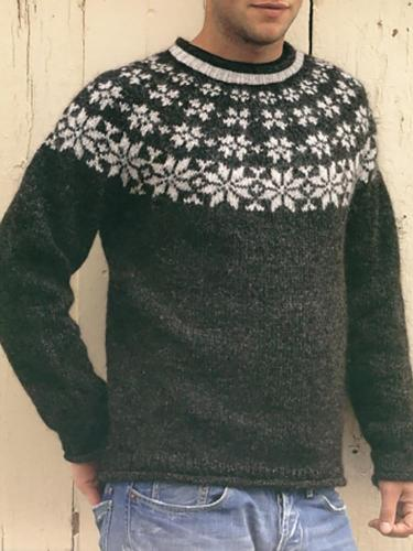 White Patterned Knit Crewneck Sweater On Black TT004