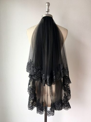 Elegant Short Wedding Veil Black Lace Edge Appliques 2 Layers Women Bridal Veil Wedding Party Cosplay