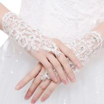 Women Wedding Gloves Bridal Gloves High Quality Fingers Short Paragraph Elegant Rhinestone Wedding accessories for bride