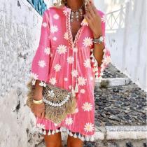 Chic Daisy Print Tassel V-Neck Mini Dress