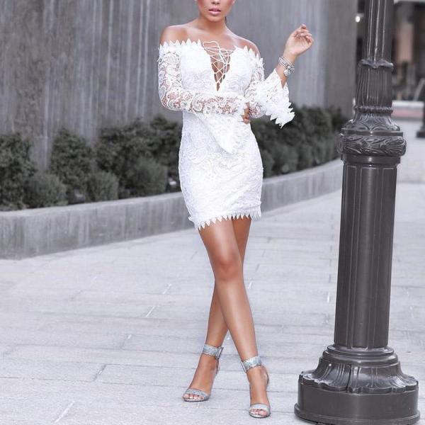 Retro Off-The-Shoulder Lace Bodycon Dress