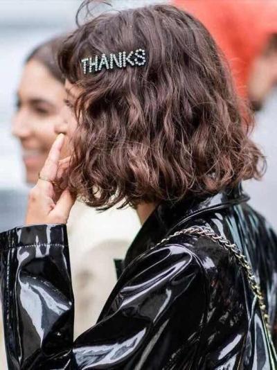 Word Hair Clip Letter Hair Clip Barrette Hairpin Black Metal Hair Pins for Women Sticks Crystal Rhinestone Hairgrip Jewelry