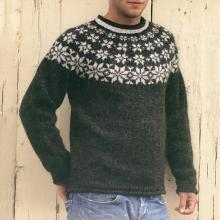 White Patterned Knit Crewneck Sweater On Black TT004