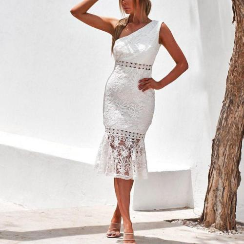 Off-the- Shoulder Sleeveless Lace Bodycon Dress