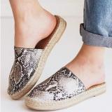 Women Closed Toe Flat Heel Artificial Leather Slip-on Slippers