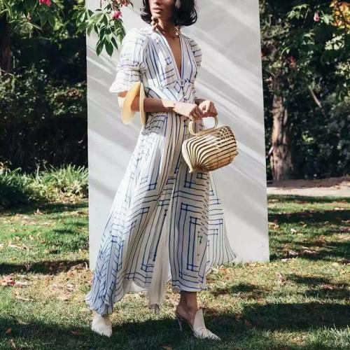 Elegant V Neck Chiffon Single-Breasted Stripe Elastic Pleated Dress
