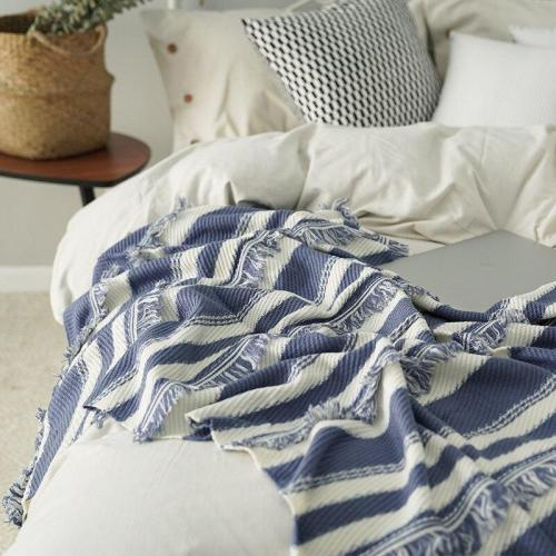 Blanket Knitting Blue White Thread Blanket Small Fresh Decoration Sofa Blanket Summer Air Conditioning Blanket Household Goods