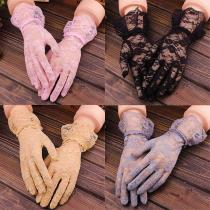 New Elegant Style Sun Protection Lace Hollow-Out Gloves Delicate Lace Jacquard Pattern Lace Gloves Bridal Wedding Accessories
