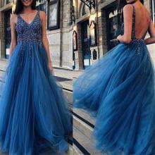 Sexy Sequins Sleeveless V Collar Evening Dresses