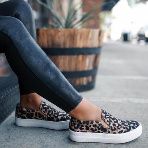 EBUYTIDE Women Large Size Canvas Breathable Flat Shoes