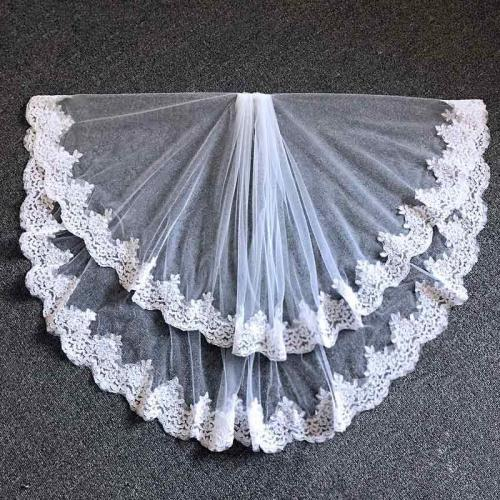 Elegant Two Layers Lace Bridal Veils Women Wedding Veil With Combe White Ivory Tulle Veil Lace Edge in Stocks