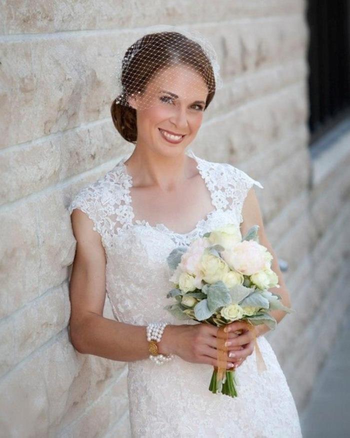 Elegant Women Bridal Hat Veil Pearls Beaded Short Face Veil Birdcage Net Wedding Hats and Fascinator