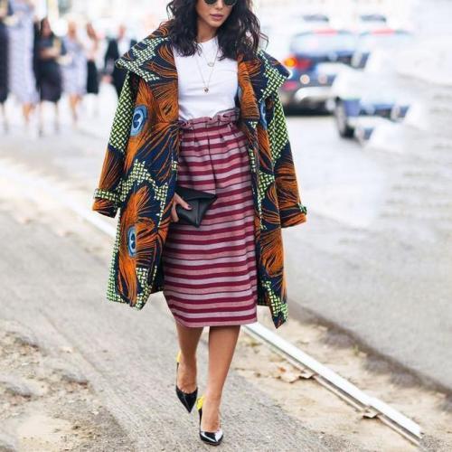 Fashion Embroidery Oversize Lapel Long Sleeves Long Wind Coat
