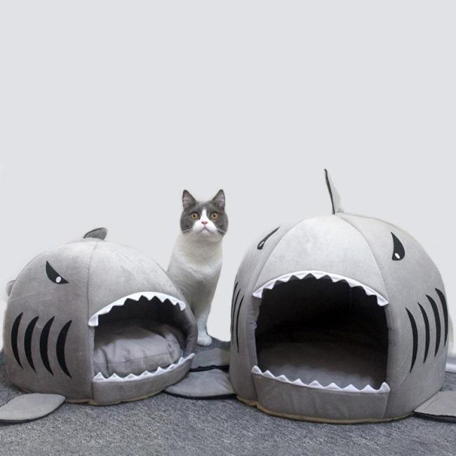Cat Mat Shark Shape House Warm Kennel Kittens Bed One Mats Two Usages Kennel Cat Beds Outdoor Tent Pet Products Cats Basket