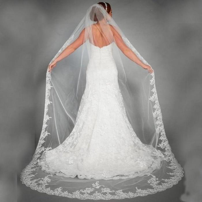 Elegant 3 Meters Long Cathedral Wedding Veils Lace Edge 1 Layer Bridal Veils Wedding Accessories Appliques Tulle