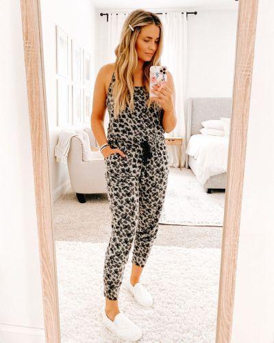 EBUYTIDE Sexy Leopard Printed Halter Slim Fit Jumpsuit