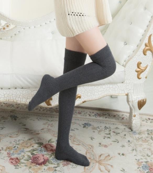 Fashion Casual Pure Color Warm Knitted Shown Thin Cotton Knee Stockings