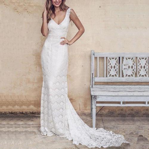 Sexy Deep V Sleeveless Lace Small Trailing Wedding Dress