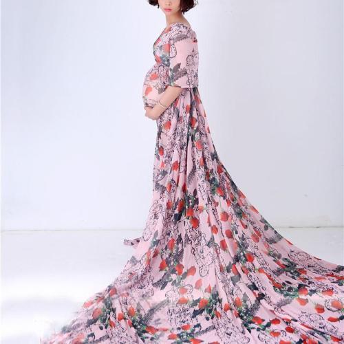 Pregnant Woman Photo Long Tail Dress