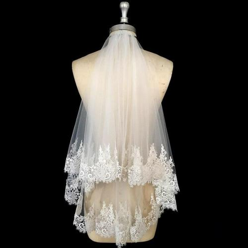 Short Ivory Tulle Veil Lace Edge Women Wedding Veil With Comb Two Layers Bridal Veil Accessories