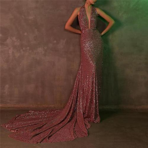 Sexy Deep V Hanging Neck Sequin Mopping Evening Dress